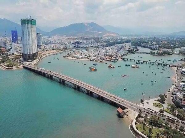 Tran Phu Bridge Nha Trang