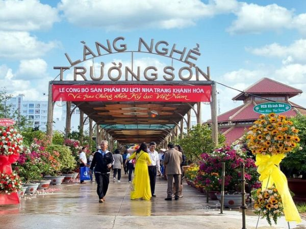 Truong Son Traditional Craft Village