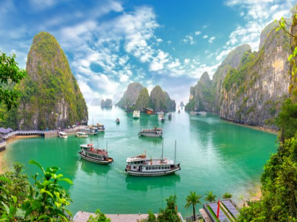 Vietnam Holidays 2022